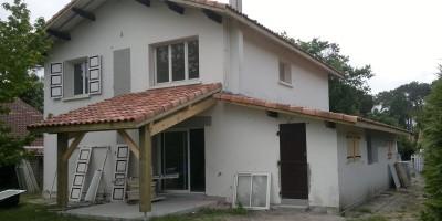 somobat-entreprise-generale-du-batiment-renovation-traditionnelle-actuelle-3-particuliers